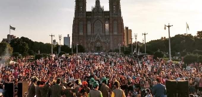 La Red Multicultural de La Plata lanza encuesta laboral y exige la presencia del municipio